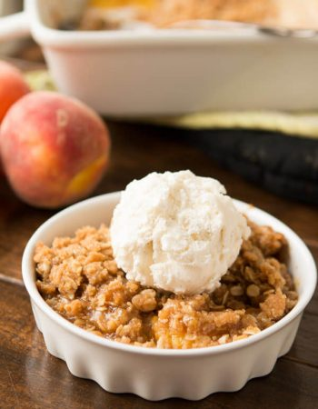 easy peach crisp for the oven or dutch oven! ohsweetbasil.com