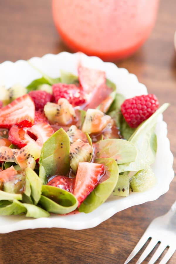 strawberry kiwi salad ohsweetbasil.com