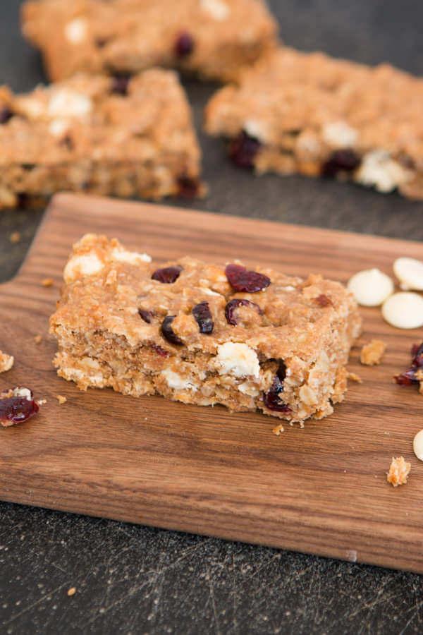 White chocolate craisin granola bars ohsweetbasil.com