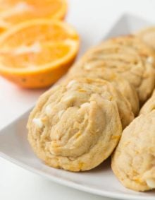 You are going to love these orange creamsicle cookies! ohsweetbasil.com