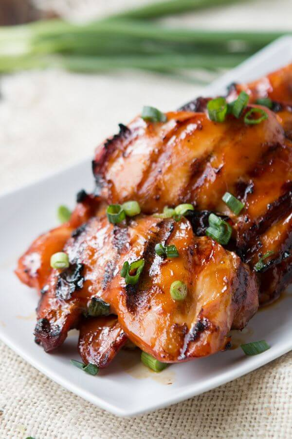Grab some boneless, skinless chicken thighs, marinate them in this totally killer Hawaiian marinade and grill to give it that smoky deliciousness. Easy and perfect for summer grilling, Grilled Hawaiian Chicken!