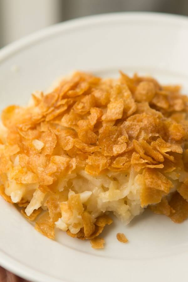 Cheesy potato casserole ohsweetbasil.com