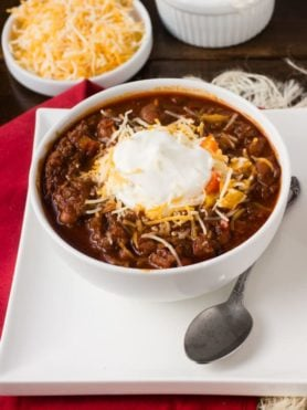 This #chili is my husband's favorite, but there are two secret ingredients that really make it delicious! Check out the #recipe to try it for yourself ohsweetbasil.com