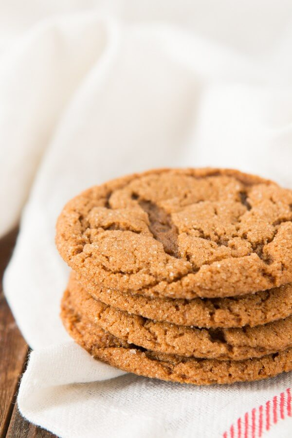 Old Fashioned Molasses Crinkles are one of the chewiest, yummiest cookies to make for the holidays, you will absolutely love them!