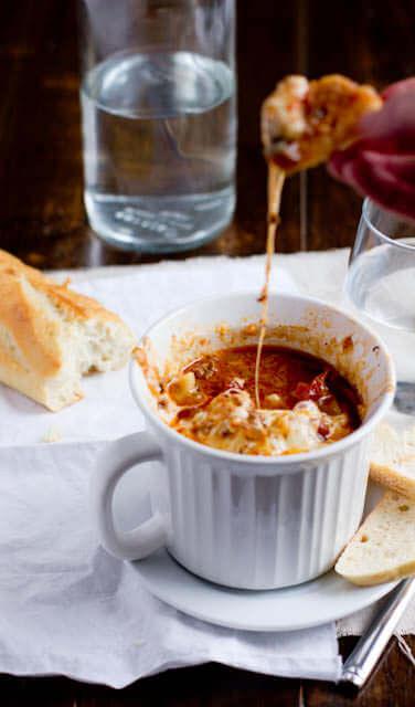 Mama's hearty lasagna soup ohsweetbasil.com