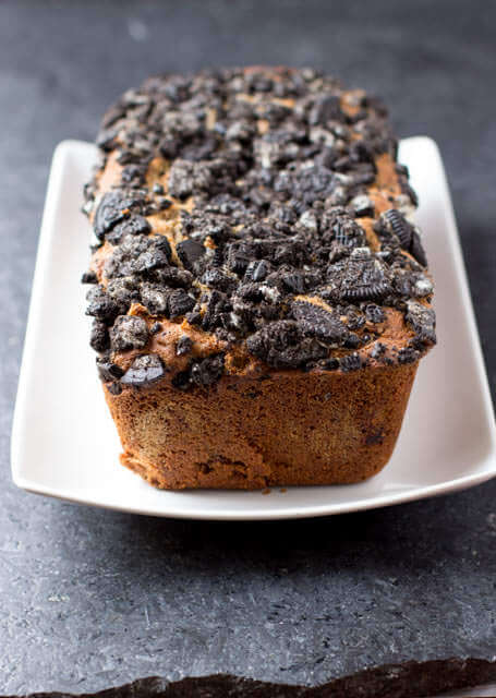 #oreo #biscoff banana bread that is so sinfully delicious you'll find yourself hiding it from the whole family  ohsweetbasil.com-3