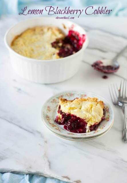 lemon topped blackberry cobbler that is sure to make any summer a summer to remember. Amazingly delicious! ohsweetbasil.com