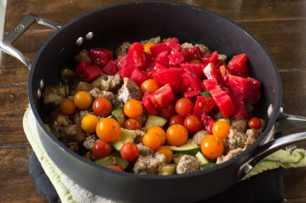 Easy way to use up that bursting garden, a cheesy garden skillet! Plus it can be made with turkey meatballs, #vegetarian for #meatlessmonday or go #vegan! ohsweetbasil.com-7