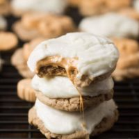 These are going to be your new favorite holiday cookie!! Pumpkin Spice Marshmallow #cookies with only 4 ingredients and a cream cheese frosting! ohsweetbasil.com-6