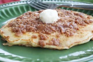 Cinnamon Streussel Pancakes