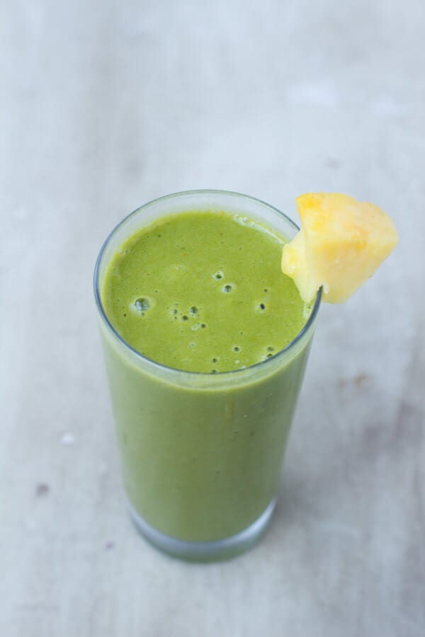 Cold Buster Green Smoothie to fight off those nasty colds and keep the body healthy all winter long ohsweetbasil.com