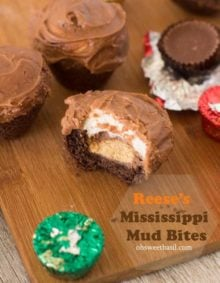 #reeses Mississippi mud bites! The perfect treat to make with the kids over the break. And you can easily deliver them to friends & neighbors w-o hours of work! @hersheys ohsweetbasil.com-2