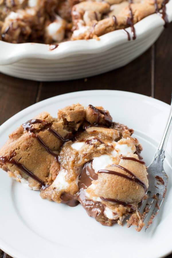 Reese's Peanut Butter Marshmallow Cookie Pie
