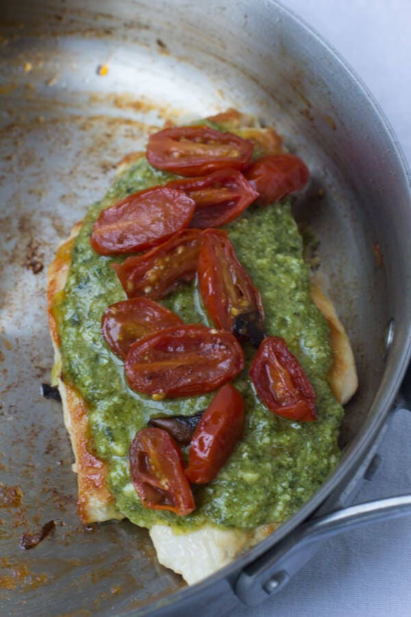 Skinny Pesto #Chicken that only takes 14 minutes. Quick, easy, # ...