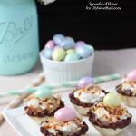 Banana Coconut Cream Bites - an easy and impressive little dessert! Easter dessert, spring