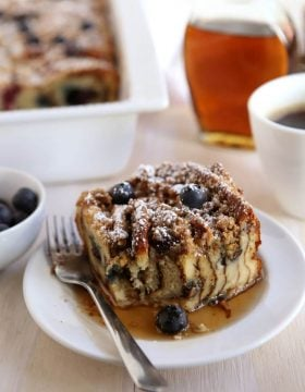 Blueberry Pancake Bake, perfect for brunch! ohsweetbasil.com