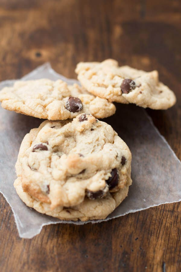 banana cream chocolate chip cookies ohsweetbasil.com