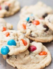 banana cream pie m&m chocolate chip cookies on ohsweetbasil.com