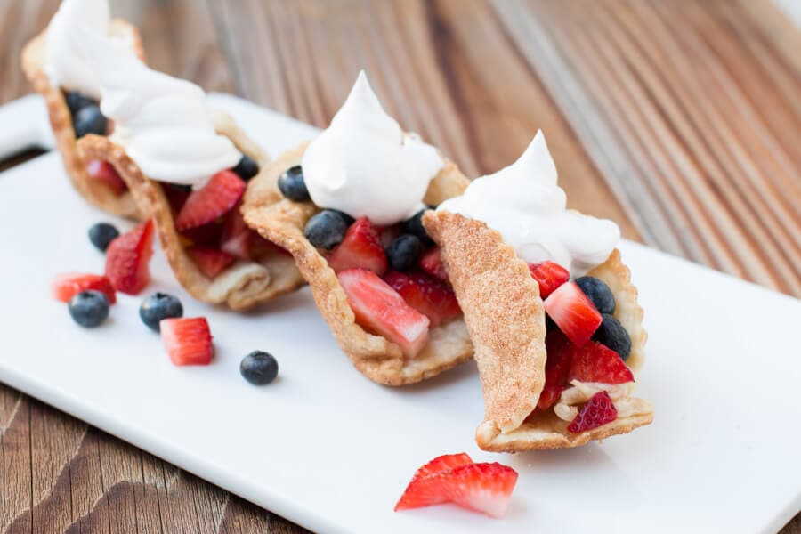 easy pie crust tacos with fresh fruit ohsweetbasil.com