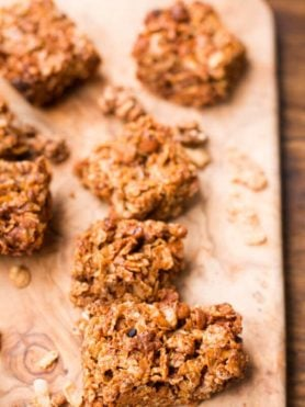 cinnamon honey bunches of oats granola bars!! ohsweetbasil.com
