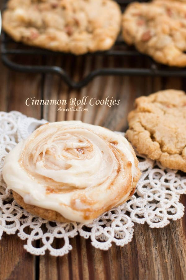 You haven't lived until you've had these cinnamon roll cookies. You don't have to spend hours making cinnamon rolls, just make cookies.