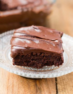 fudge brownies made in the blender! ohsweetbasil.com