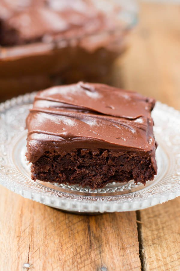 Chocolate lovers fudge brownies that are made in a blender!! ohsweetbasil.com