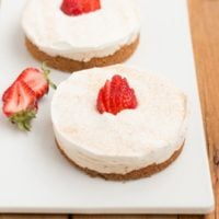 The creamiest no bake churro style cheesecakes! ohsweetbasil.com