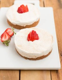 The creamiest no bake churro style cheesecakes! ohsweetbasil.com