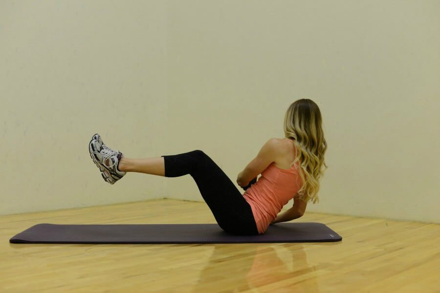 5 ab moves for a tight stomach and a lean core. We all want that flat stomach, but what workouts are best for flat abs??