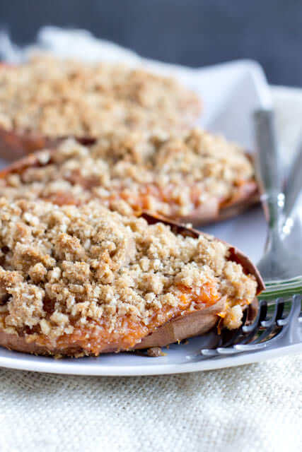 Thanksgiving-is-going-to-be-delicious-with-these-twice-baked-sweet-potato-souffles-with-a-brown-sugar-crumb-topping-ohsweetbasil.com_-3