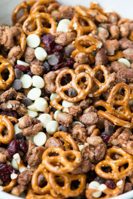 candied nuts snack mix, aka the most addicting stuff ever! ohsweetbasil.com
