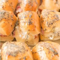 Love these chicken cordon bleu sliders!! ohsweetbasil.com