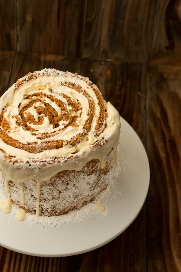 Dessert for a holiday party? No problem. Try this easy pumpkin roll white chocolate cake recipe! ohsweetbasil.com