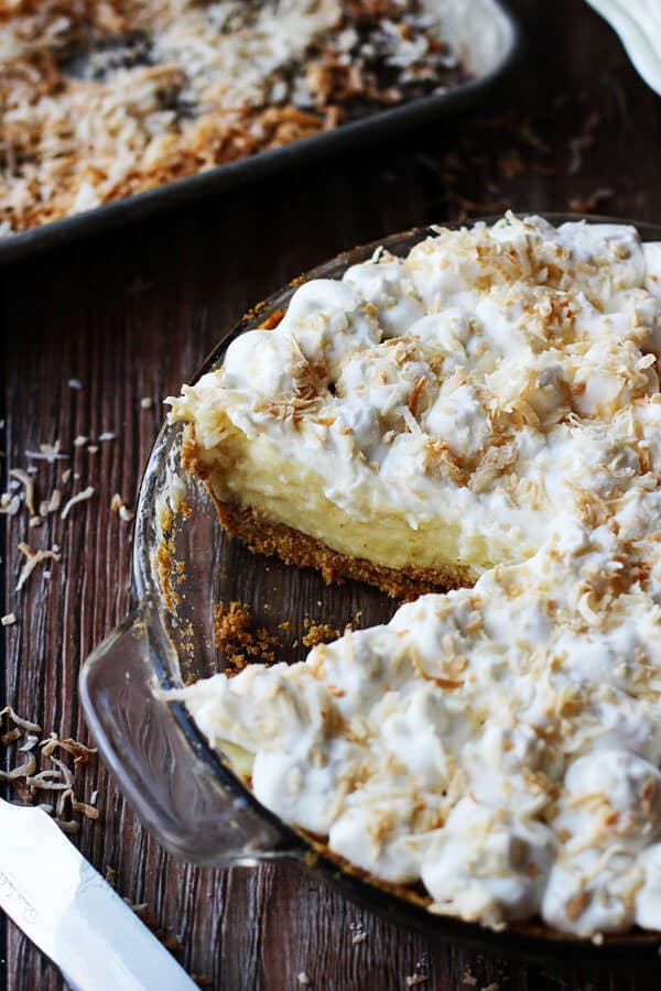 White-Chocolate-Coconut-Cream-Pie