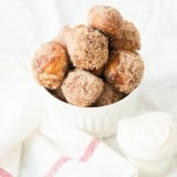 Cinnamon Roll Pretzel Bites ohsweetbasil.com