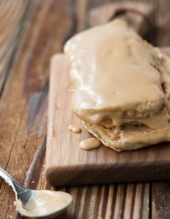 Maple Bar Pancakes, it's like a donut and a panake got married and I'm loving it! ohsweetbasil.com