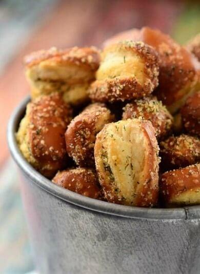 garlic-parmesan-ranch-pretzels