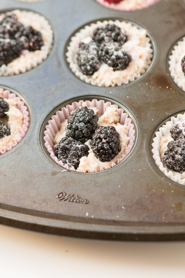 Blackberries and cream muffins with a crunchy sugary topping. ohsweetbasil.com brunch, breakfast
