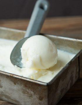 copycat red mango frozen yogurt ohsweetbasil.com
