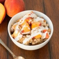 Easy slow cooker overnight steel cut oats, peaches and cream style... ohsweetbasil.com crockpot, insta pot, pressure cooker
