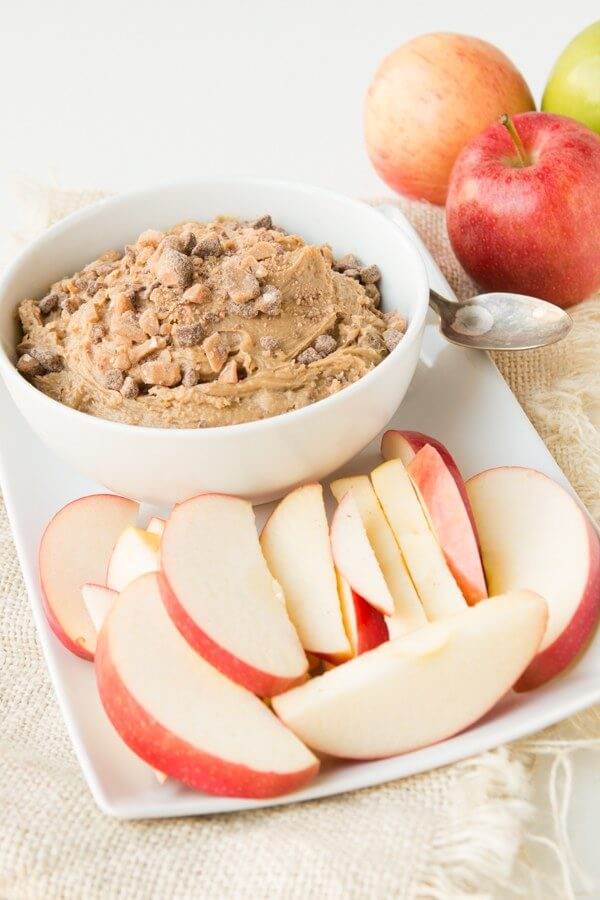 Go ahead and try to not eat the whole bowl, peanut butter toffee apple dip ohsweetbasil.com