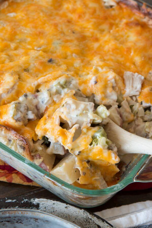 Cheesy Ranch Chicken and Potatoes Casserole for dinner tonight! It is so easy to make, even the littles will love eating it!