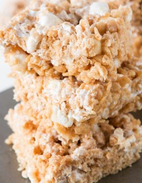Gooey Fluffernutter Rice Krispies, oh yeah baby ohsweetbasil.com