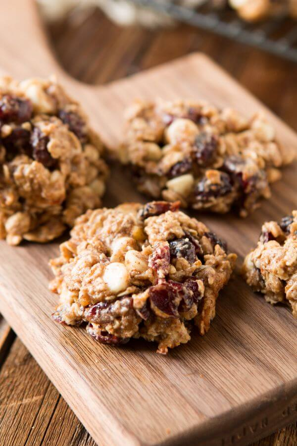 These spiced almond breakfast cookies turn almonds into almond butter for a healthier breakfast cookie that smells like the holidays and tastes delicious. ohsweetbasil.com