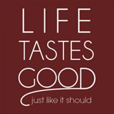 http://ourlifetastesgood.blogspot.com/