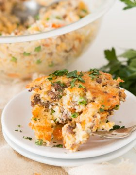 Easy cheesy ground beef and rice cakes in 15 minutes ohsweetbasil.com