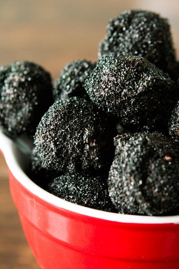 Sparkly Lumps of Coal Oreo Truffles