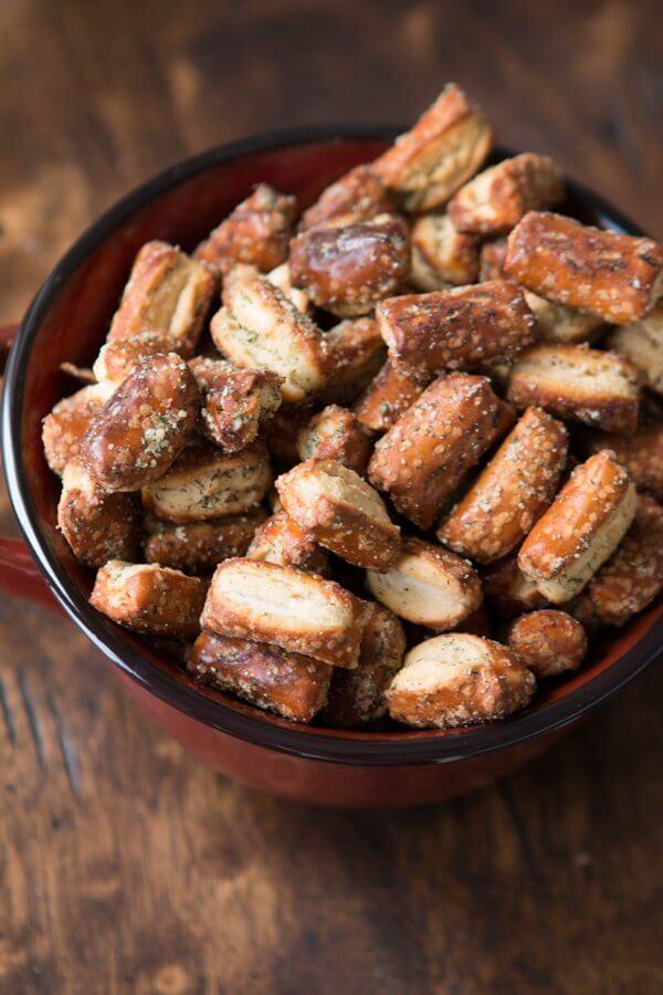 Quick Parmesan Herb Pretzel Nibblers ohsweetbasil.com snack