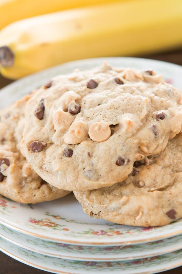 Peanut butter banana chocolate chip cookies ohsweetbasil.com